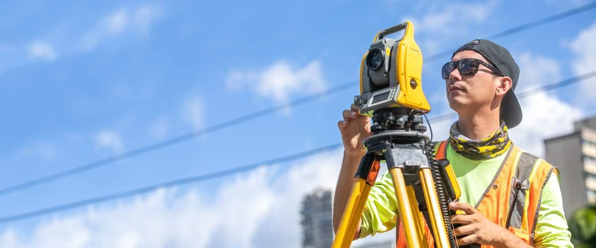 Land Surveyor in Honolulu